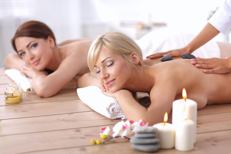 Wellnessbehandlungen und Massagen im Hotel Egger