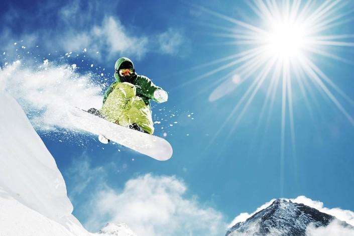 snowboarder_springt
