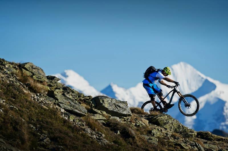 RS4408_2014_Bike_Tibor-Simai_c_Nathan-Hughes-(3)-lpr