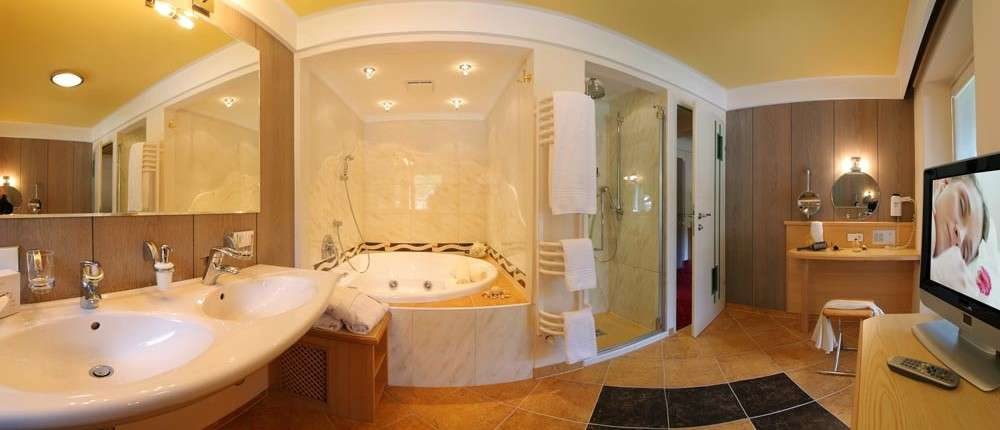 Familiensuite mit private Spa in Saalbach
